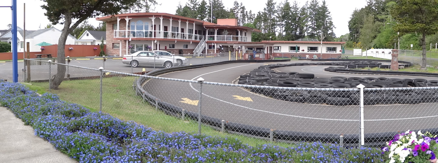 Breakers Boutique Inn and Race Track